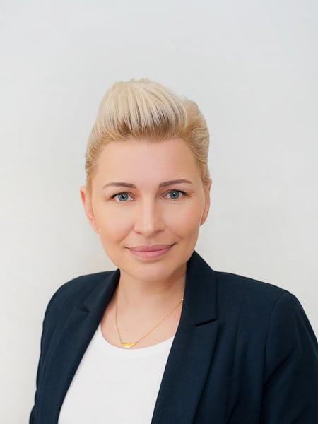 Dyrektor Justyna Nowakowska